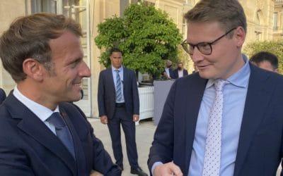 »FDP-Politiker aus Langenfeld trifft Emmanuel Macron«